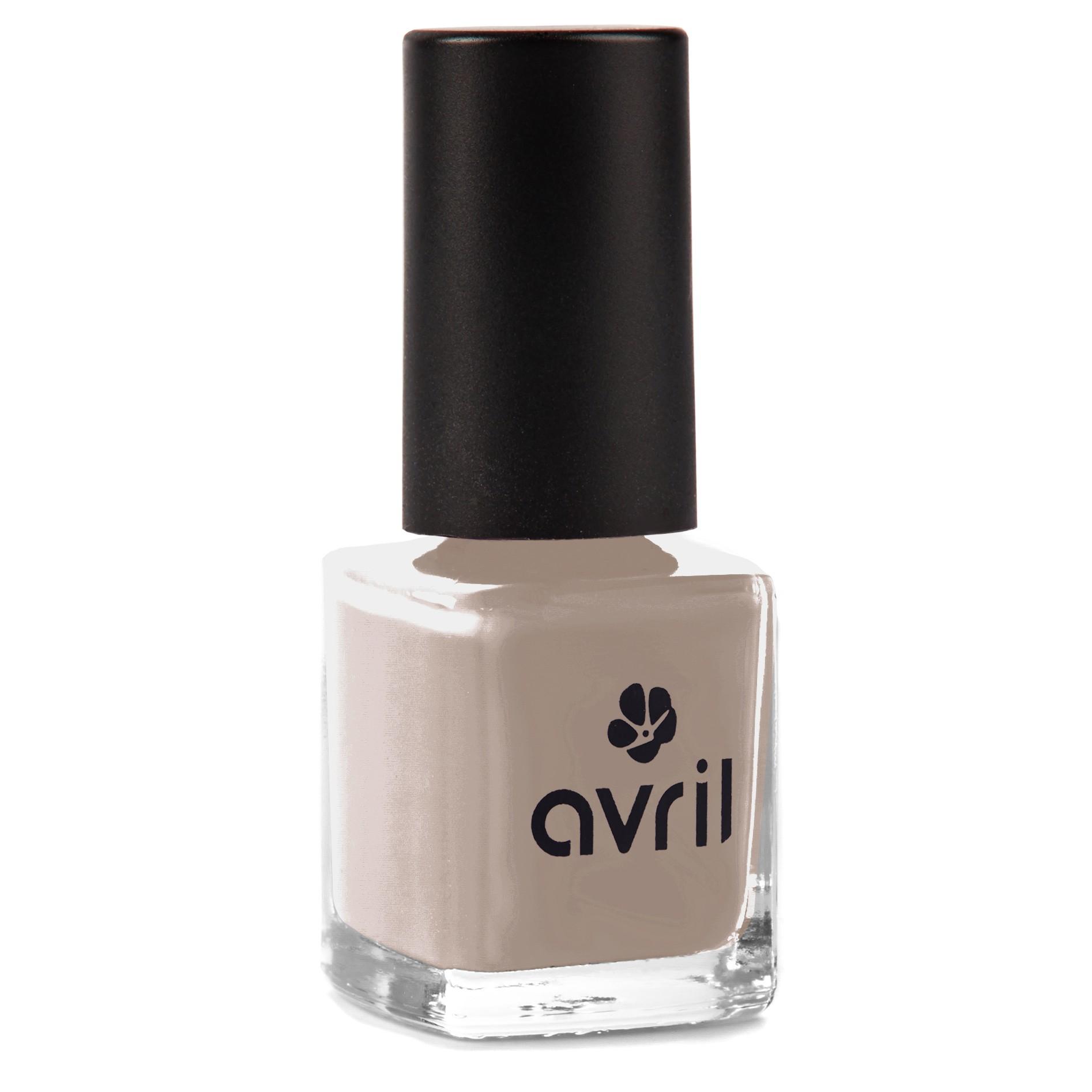 Taupe nail polish, 81% of natural ingredients