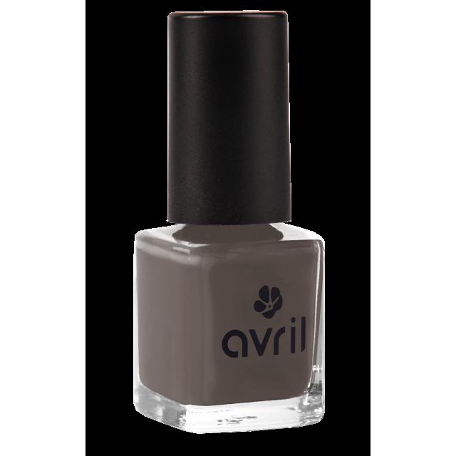 Nail polish dark grey Bistre