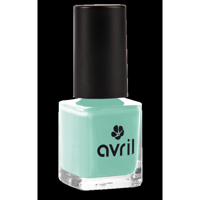 Lagon nail polish
