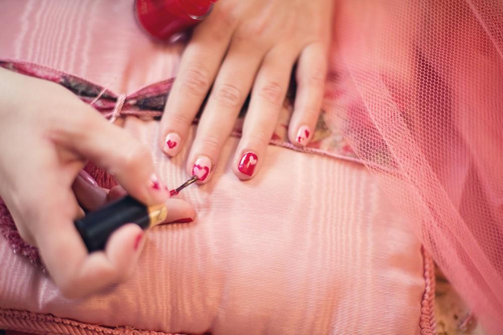 Nail polish: list of harmful ingredients to avoid